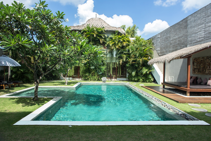 Villas chocolat 6 bedroom villa chocolat in seminyak bali for 6 bedroom villa bali